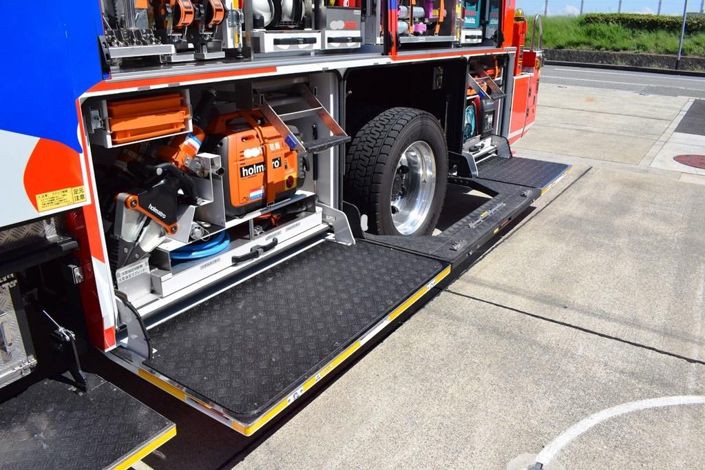 消防車両8